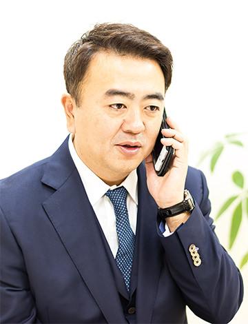 代表司法書士・山田愼一
